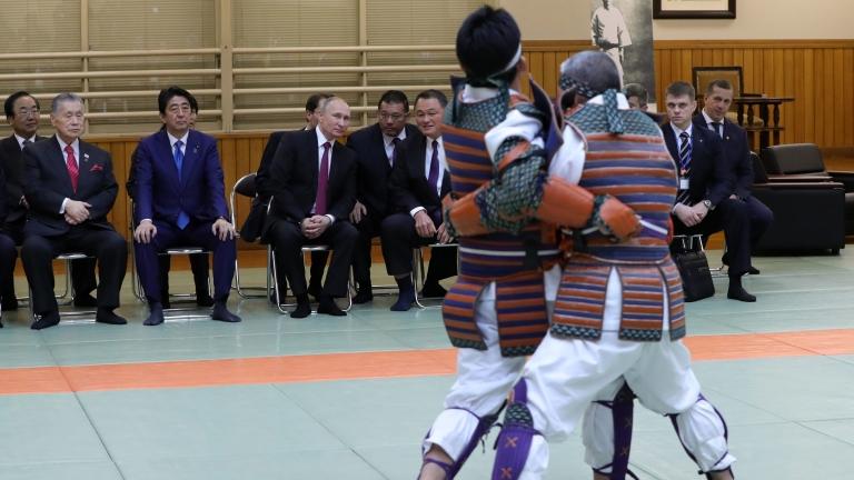 Путин: Да престанем на играем пинг-понг с курилите