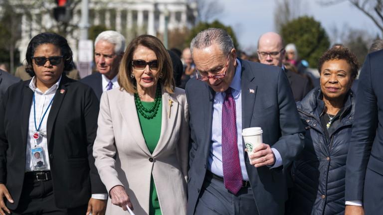 Снимка: Демократите захапаха главния прокурор, искат Мълър пред Конгреса