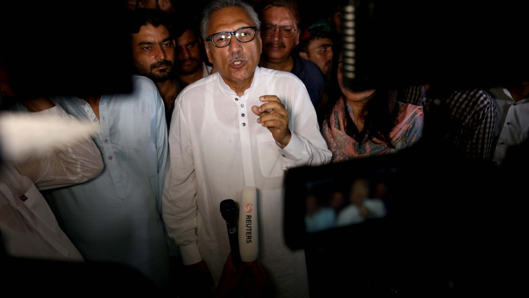 Риториката може да доведе до война, предупреди Пакистан Индия