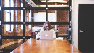 Най-малко са жените мениджъри в САЩ. А къде са най-много?