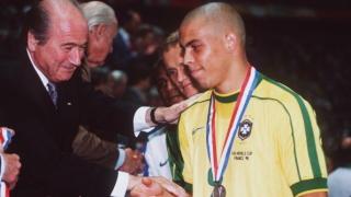 Феномена Роналдо: Исках в Барселона, но не ми позволиха
