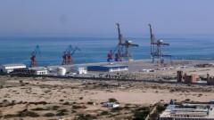 Забравеното пристанище, което проправя Новия път на коприната