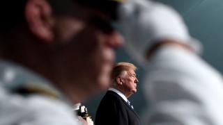 Тръмп си избра контраадмирал за съветник