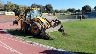 Министерството на спорта ще следи изкъсо ремонта на Градския стадион в Русе