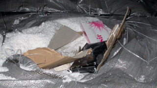 Хванахме милиони нелегални цигари, зарити в трици и морска сол