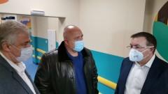 Борисов: Пускайте чакащите за ваксини
