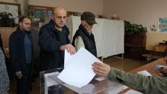 Още не сме загубили изборите, надъхва се Дончев