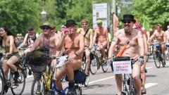 Стотици голи велосипедисти в Брайтън