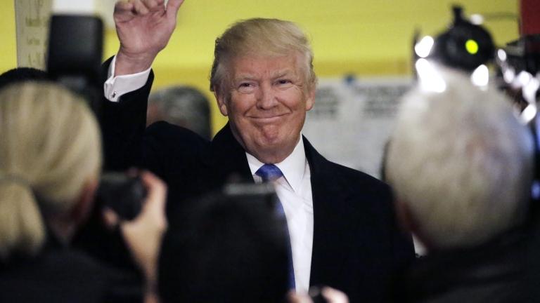 Шефът на самбото каза поканил ли е Доналд Тръмп в София
