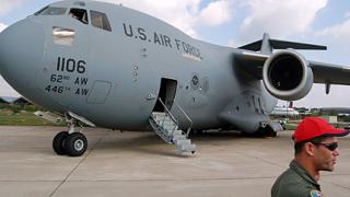Купуваме с натовски държави общи самолети C-17