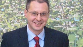 Станишев открива мощен суперкомпютър в столицата