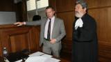 """Радев направил """"на пух и прах"""" обвинението, радва се адвокатът на Ненчев"""