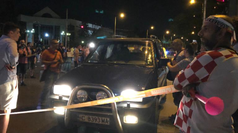 През 37-ия ден на антиправителствените протести остават блокирани кръстовищата на
