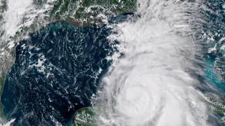 """Ураганът """"Майкъл"""" заплашва Флорида"""