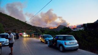 Извънредно положение на о. Тасос, гори и край Хилендарския манастир