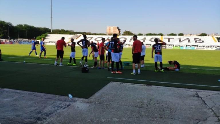 Всички футболисти на проби играха в първата контрола на Локо (Пд) за 2020 година