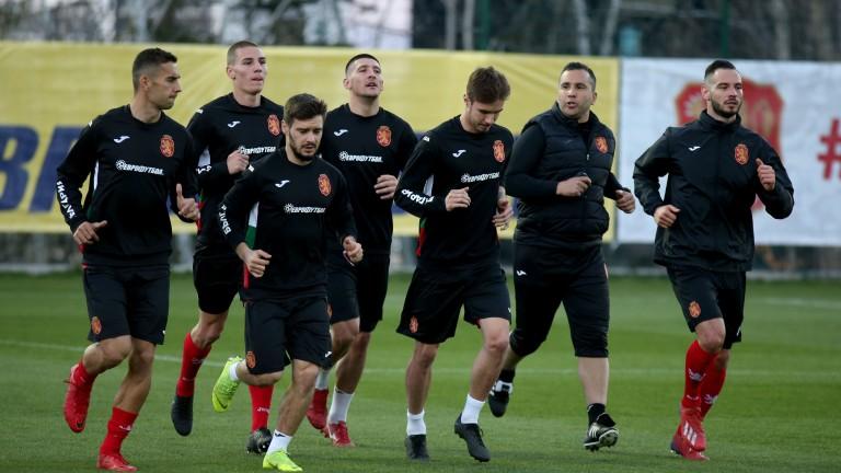 България ще играе пред пълен стадион в гостуването си на