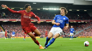 Манчестър Сити ще ухажва централните защитници на директен конкурент