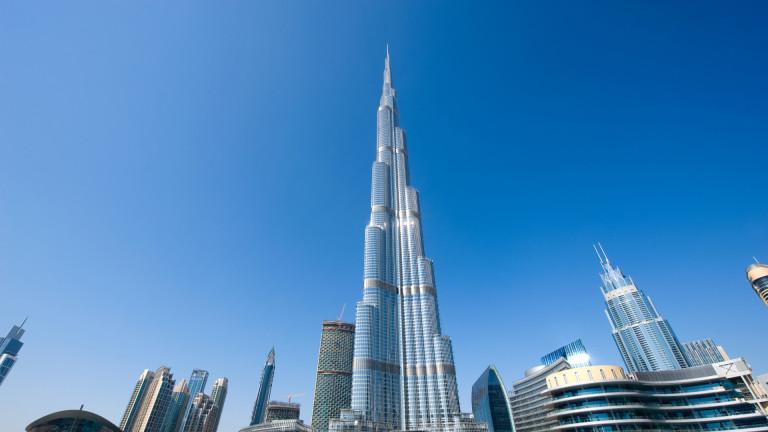 Най-високата сграда в света, 828-метровата в Дубай, се превърна в