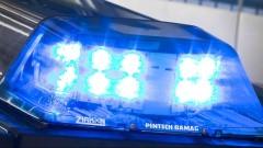 Микробус с деца е катастрофирал край военния завод в Лясковец