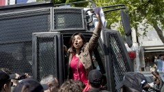 Десетки задържани на протести на Деня на труда в Истанбул