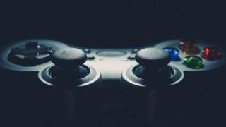 PS4 или Xbox One - коя е най-продаваната конзола