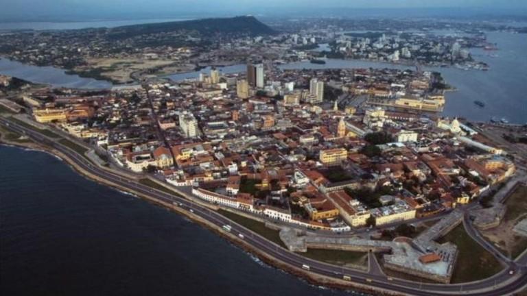 Взрив на колумбийско пристанище, има жертви