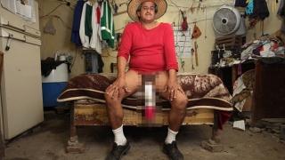 Предлагат на мъжа с най-голям пенис порно роля (СНИМКИ И ВИДЕО 18+)