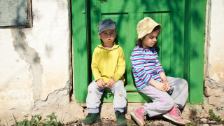 12 500 деца - бежанци са посещавали гръцките училища