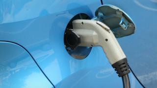 Повече от половината от автомобилите в света ще бъдат електрически до 2040-а