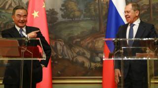 Китай: Отношенията с Русия са като камък, заедно стабилизираме света