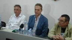 Феновете на Локо гласуваха пълно доверие на Христо Крушарски