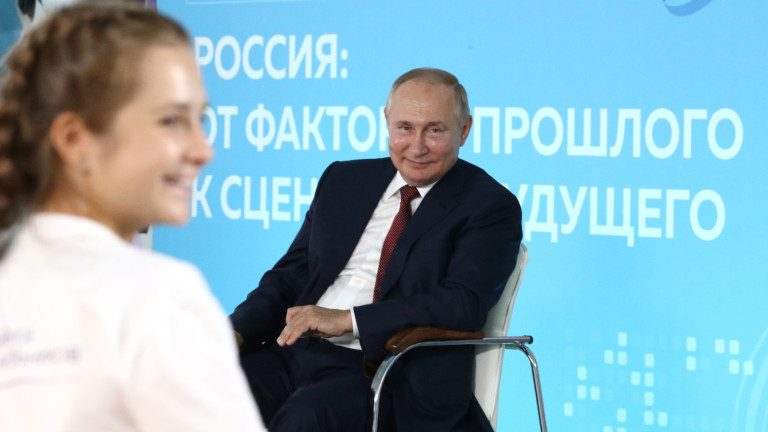 В Русия препоръчват ваксинация, защото Covid намалява шансовете за забременяване