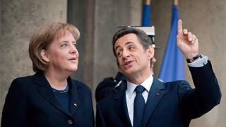 Еврозоната спасява Гърция със заеми и МВФ