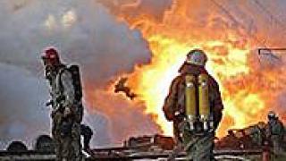 В Украйна изтеглят катастрофиралите цистерни с фосфор