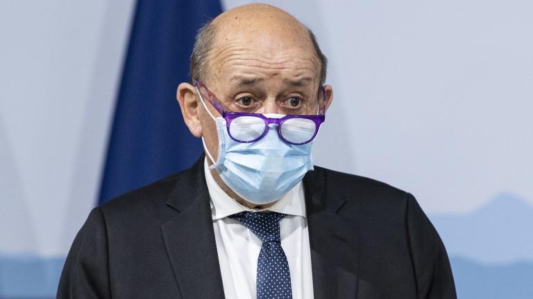"""Франция обвини Великобритания в """"изнудване"""" заради доставките на COVID ваксини"""