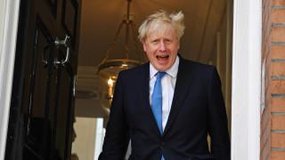 Великобритания е загрижена за консулски служител от Хонконг, задържан в Китай