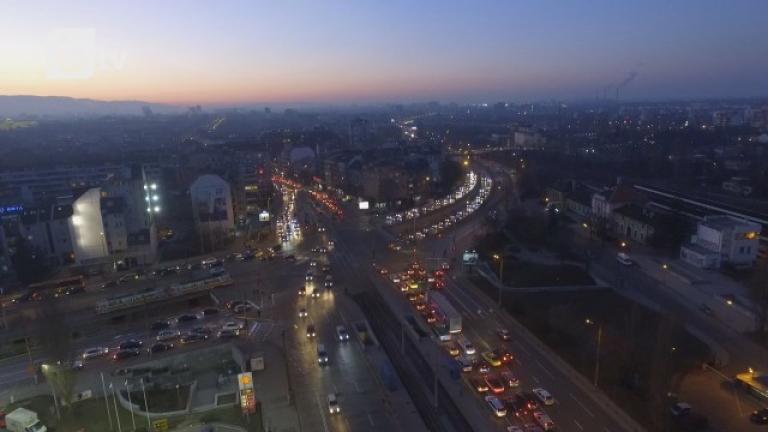 Столична община се старае да изчисти въздуха, но недостатъчно
