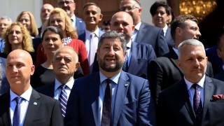 Христо Иванов се надява на правителство с първия мандат