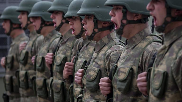 В Турция намаляват казармата от 12 на 6 месеца