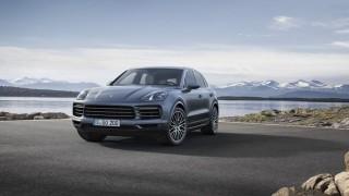 Porsche връща в сервиза 60 000 SUV