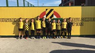 """Децата от школата на """"канарчетата"""" се включиха в кампанията """"Да живее Ботев Пловдив""""!"""