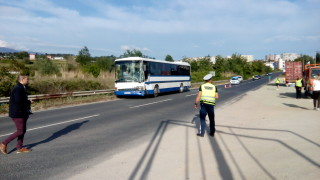 Автобус катастрофира край Сандански