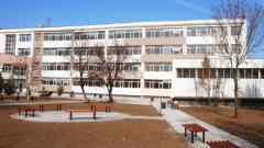 В новата сграда на Класическата гимназия нямало азбест