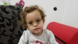 Националният ни отбор и Славия помагат на 2-годишната Нарин