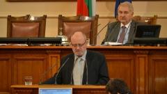 Нямат основание да ме изместват, убеден министър Танев