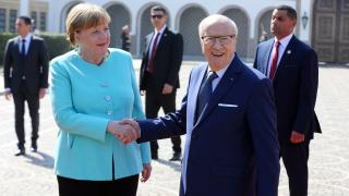 Тунис приема обратно 1500 тунизийски мигранти, нежелани в Германия
