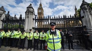 Британският парламент гласува против намаляване на възрастта за гласуване