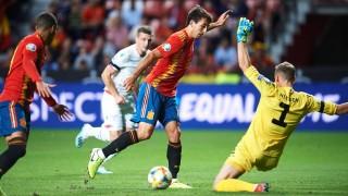 Испания продължава без грешка към Евро 2020