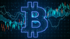 Bitcoin поевтиня с $8 000 за 15 минути